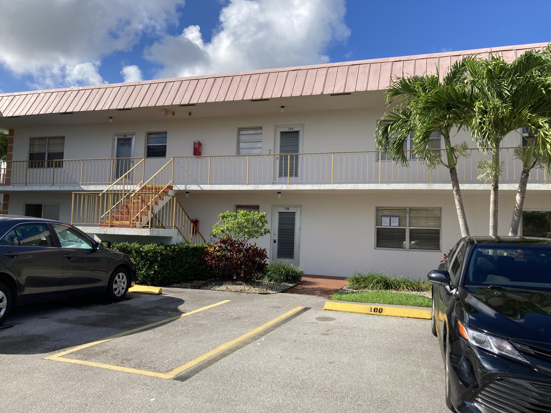 100 Plymouth M M, West Palm Beach, FL 33417
