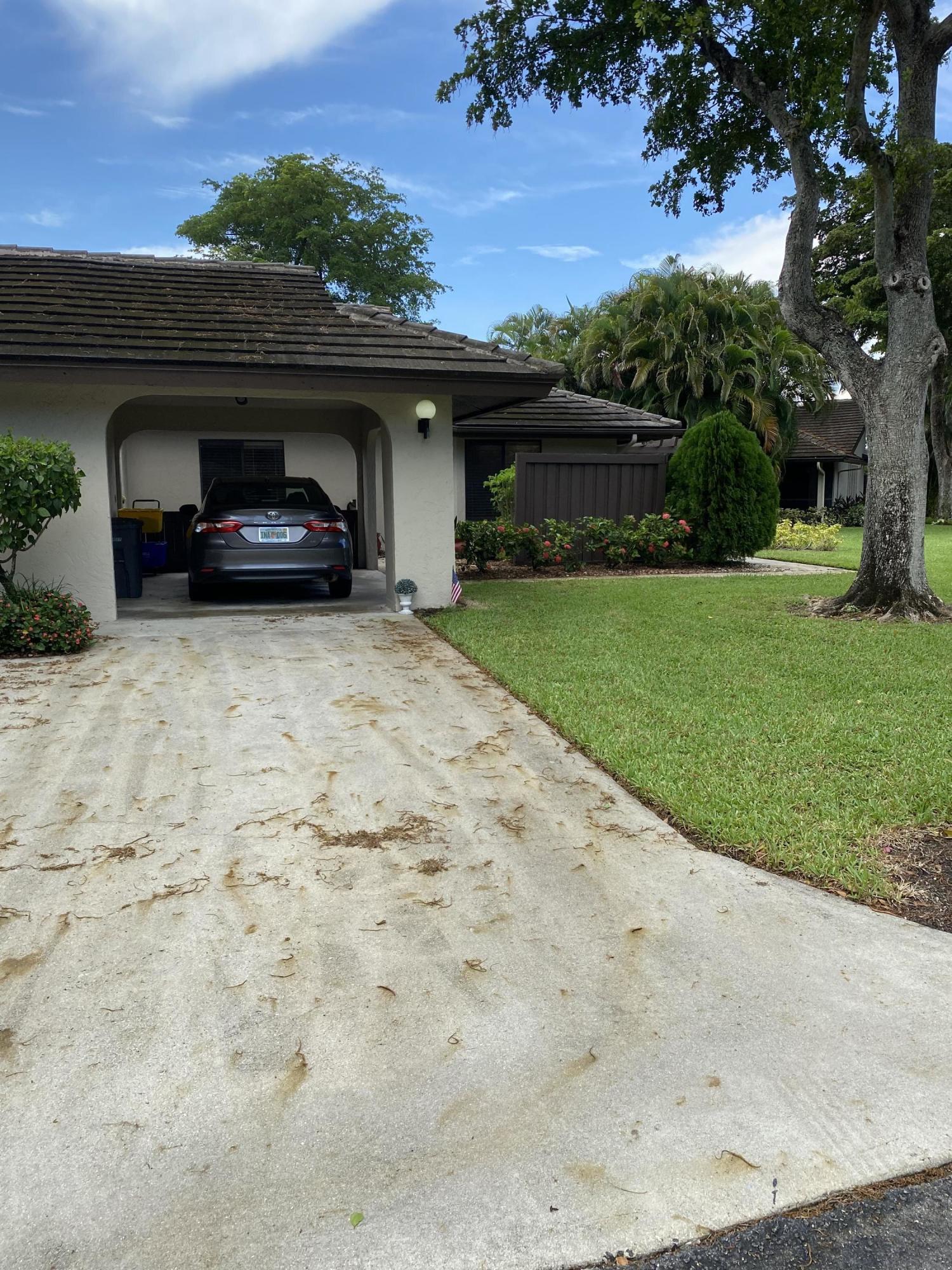 10088  Laurelwood Place  For Sale 10734941, FL