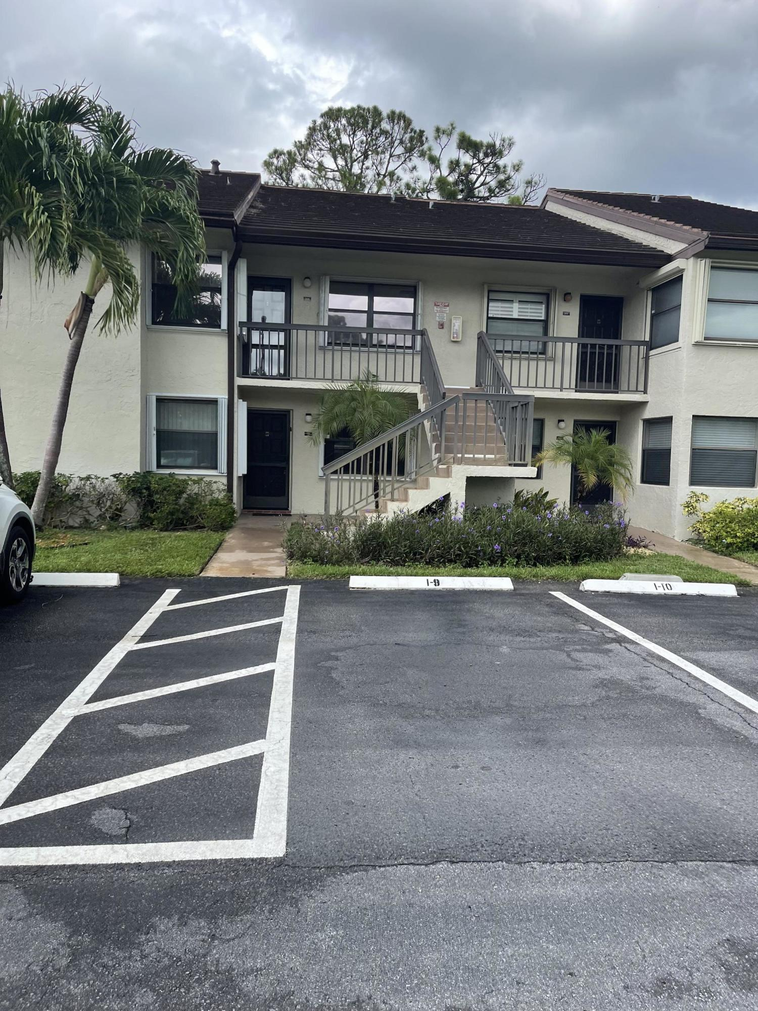 4880 Lucerne Lakes 105 Boulevard 105 Lake Worth, FL 33467