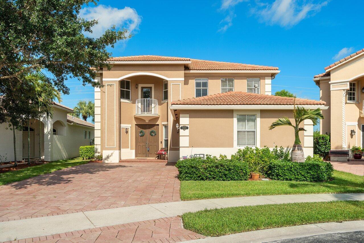 10694  Old Hammock Way  For Sale 10734621, FL