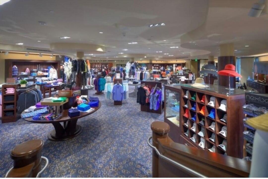 Boca West Golf Pro Shop