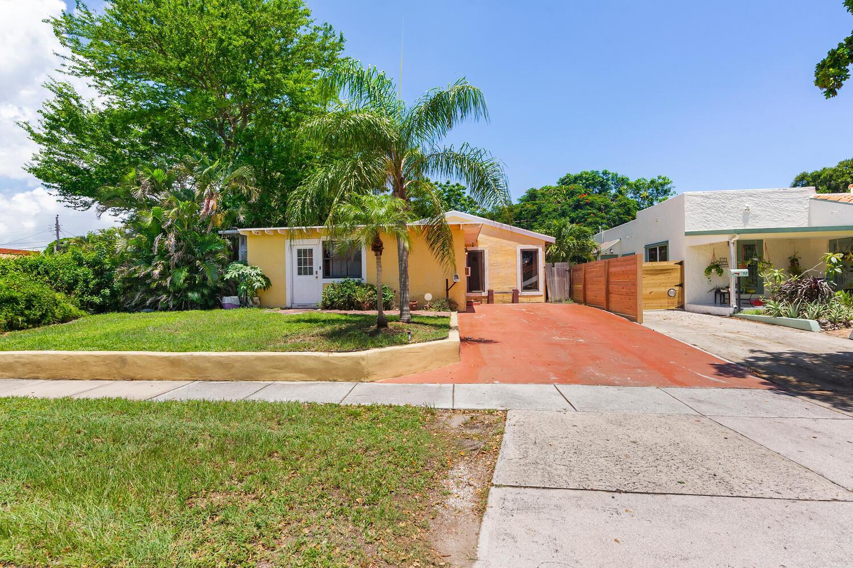 719  Winters Street  For Sale 10735298, FL
