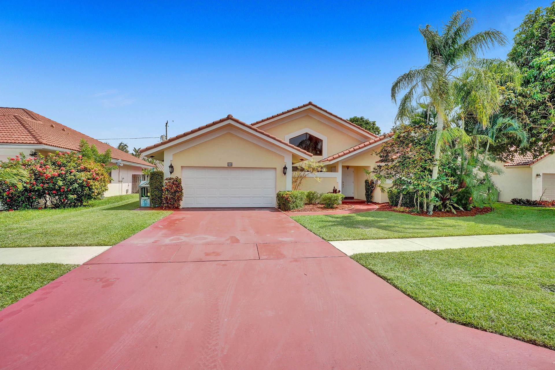 374 Prairie Rose Lane Boca Raton, FL 33487