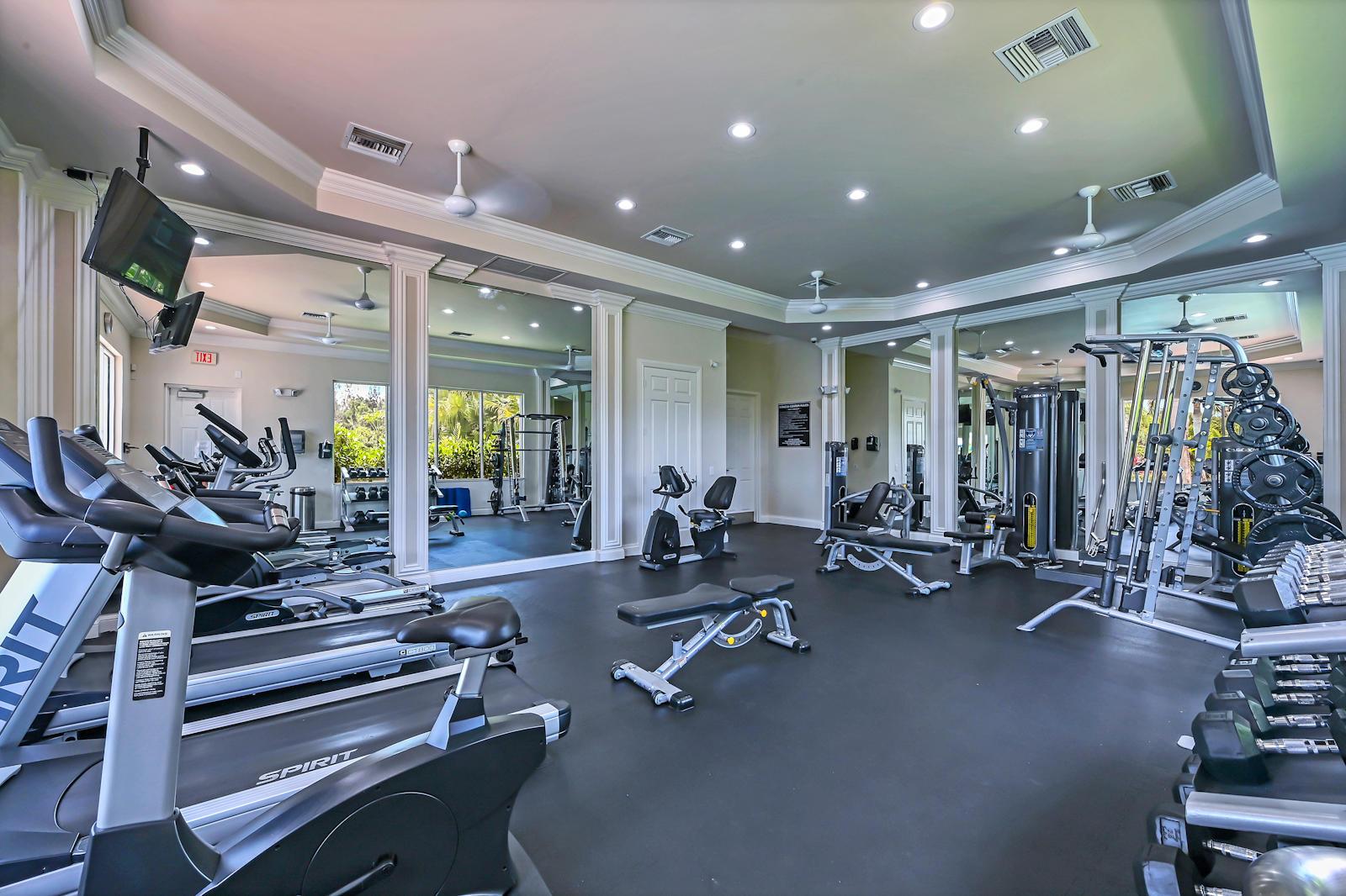 38 Gym Room 01