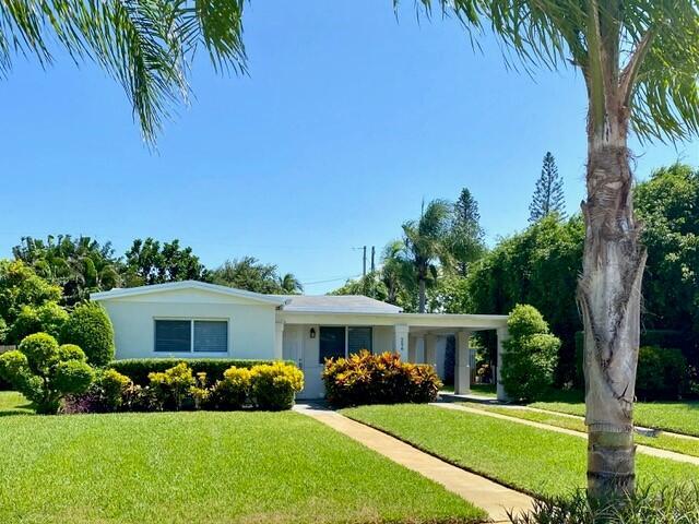 256 Alhambra Place  West Palm Beach FL 33405