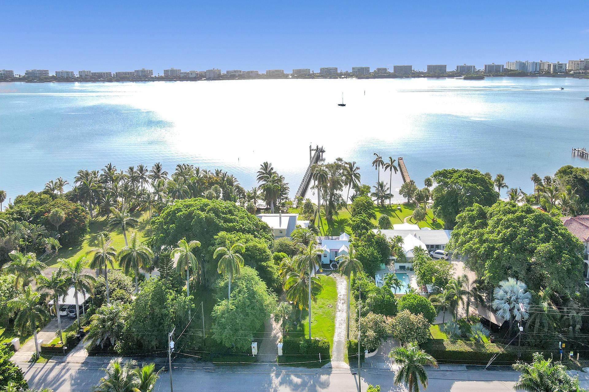 1224 S Lakeside Dr Drive  Lake Worth FL 33460