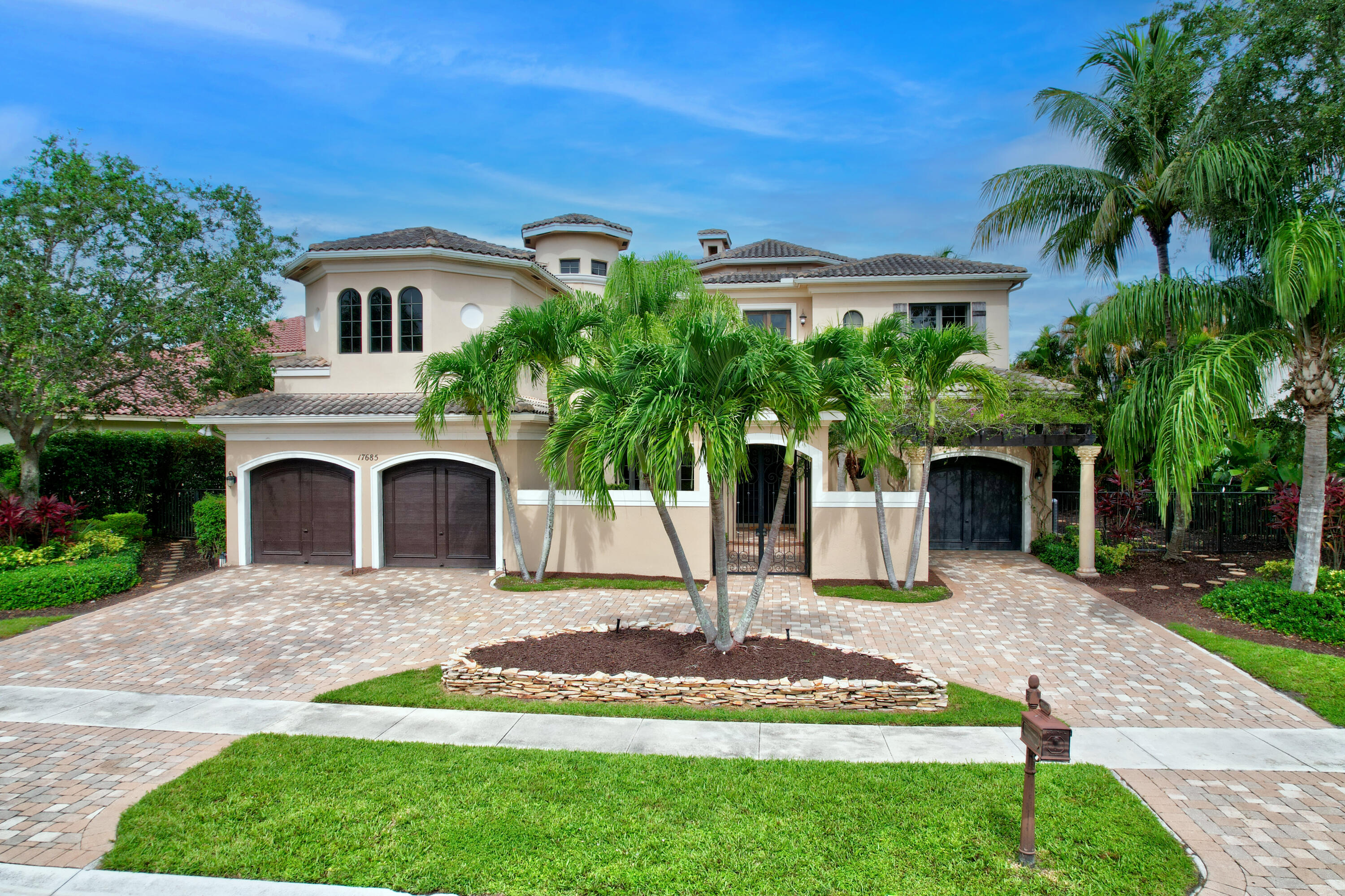 17685 Circle Pond Court - 5/7 in The Oaks