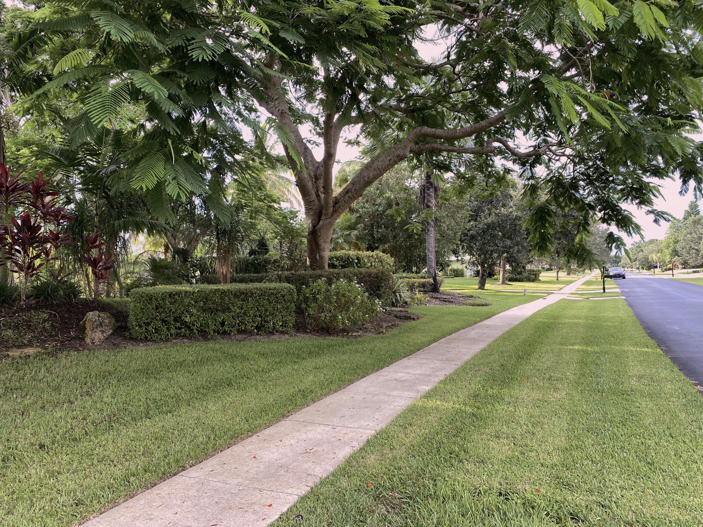 1 N view from sidewalk