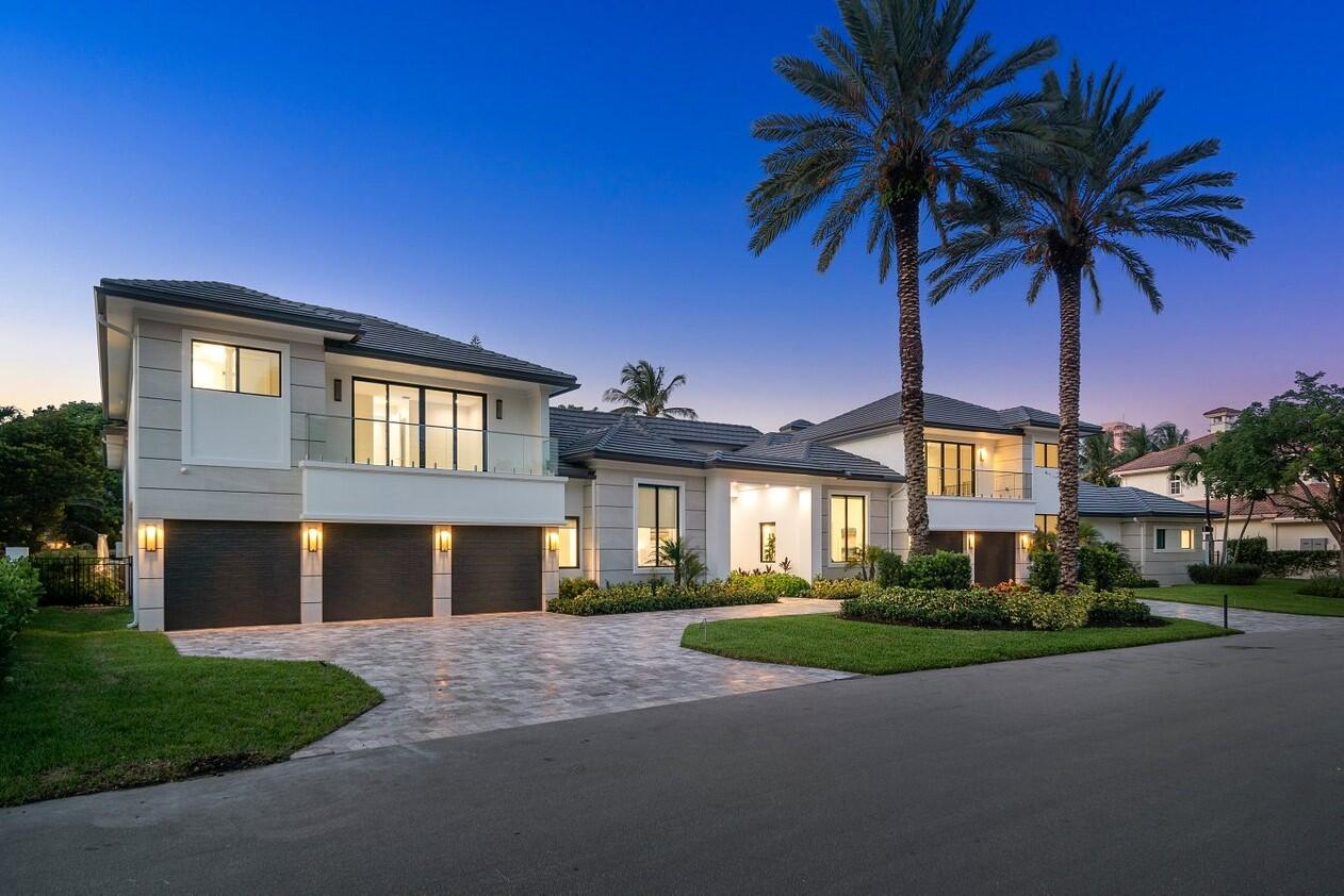 231  Thatch Palm Drive  For Sale 10706474, FL