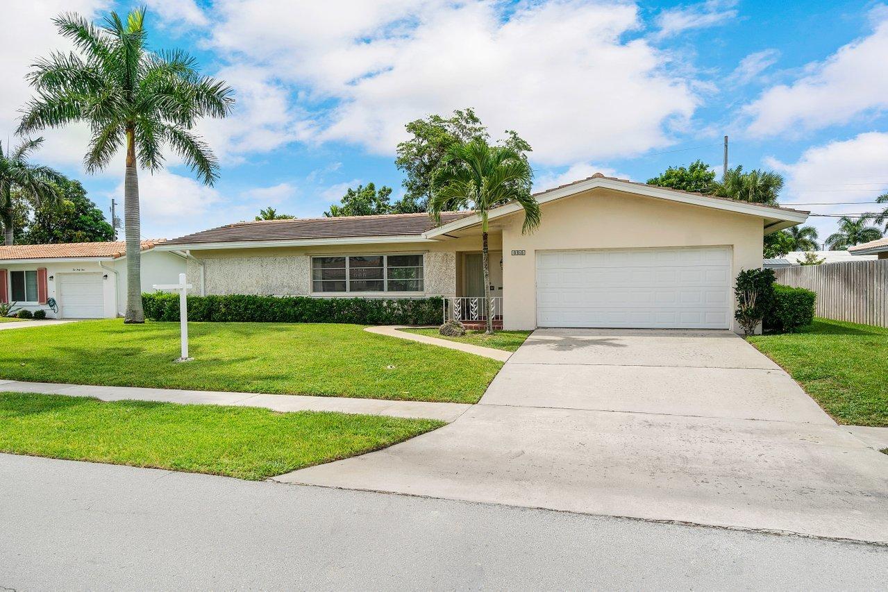 1064 SW 13th Street Boca Raton, FL 33486