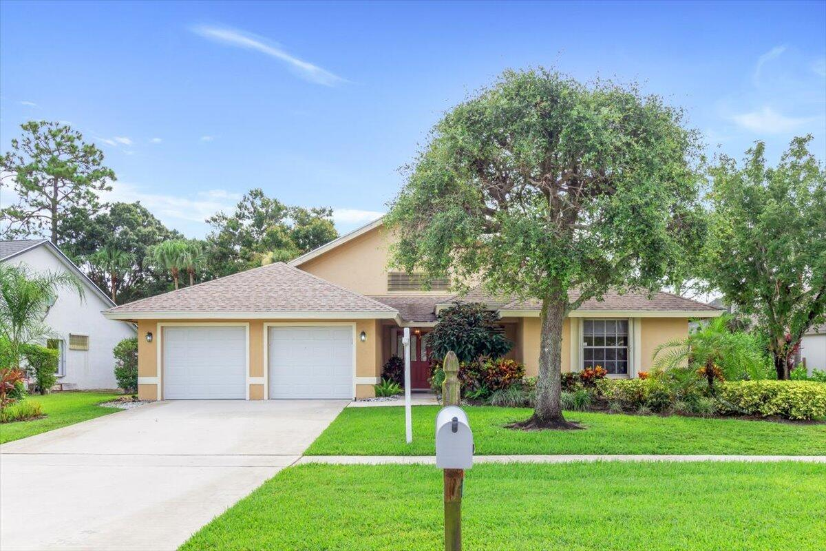 Home for sale in CRESTWOOD UNIT 1 PL 4 Royal Palm Beach Florida