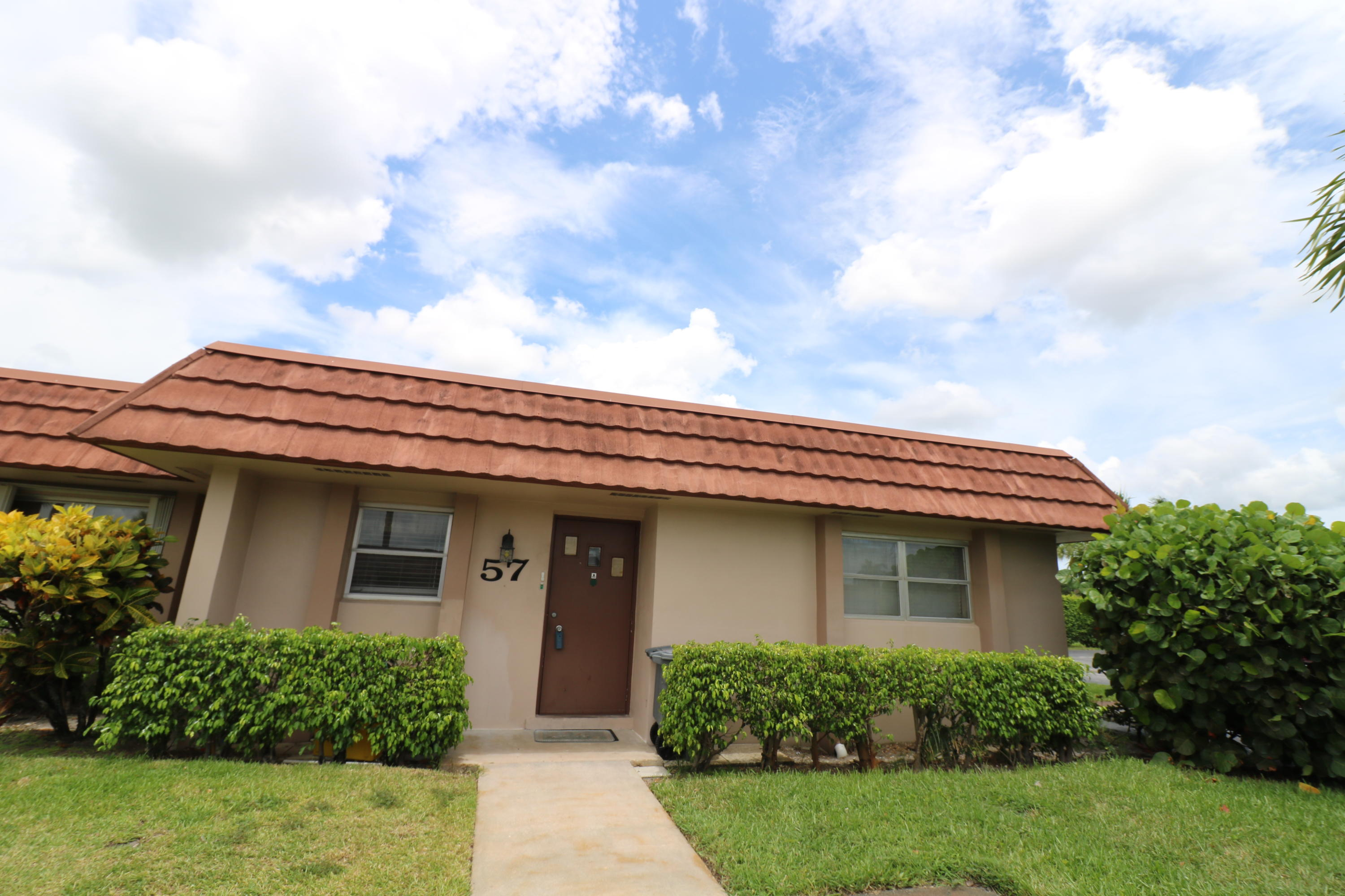 Home for sale in Cresthaven Cond Townhomes Sec 2 As In Decl In West Palm Beach Florida