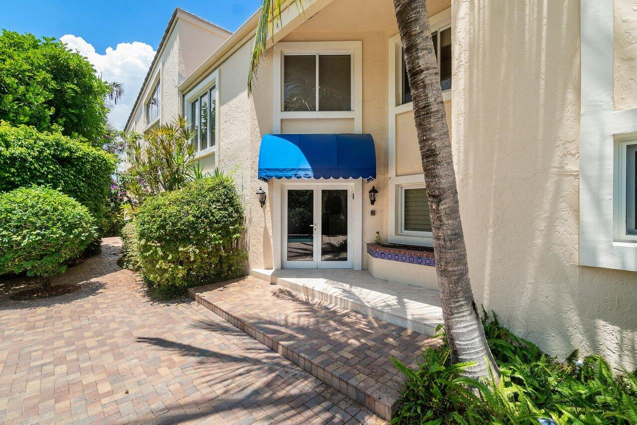 1117  Russell Drive  For Sale 10737852, FL