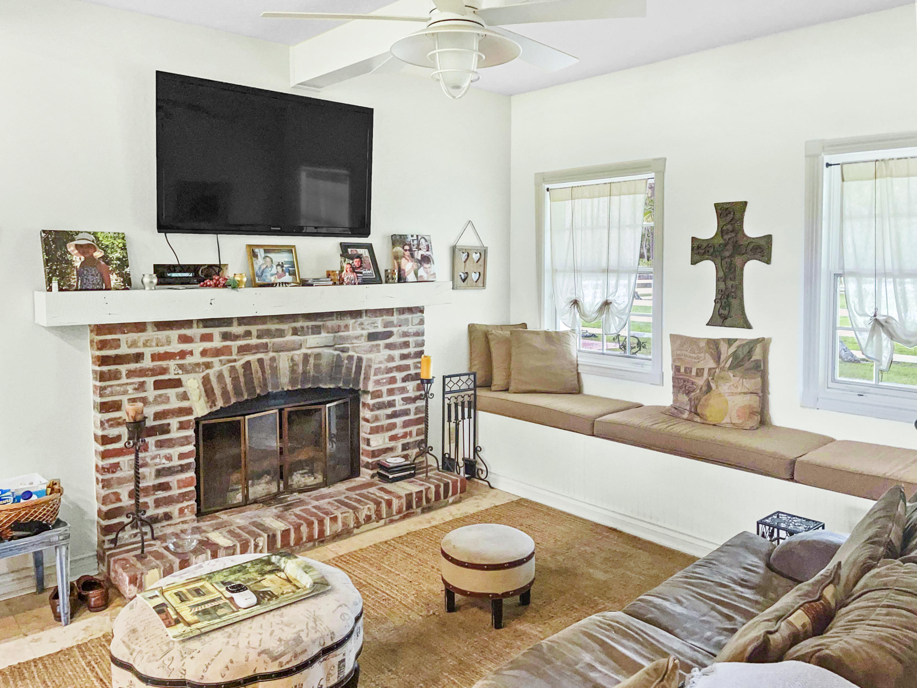Sitting area off kitchen with fireplace
