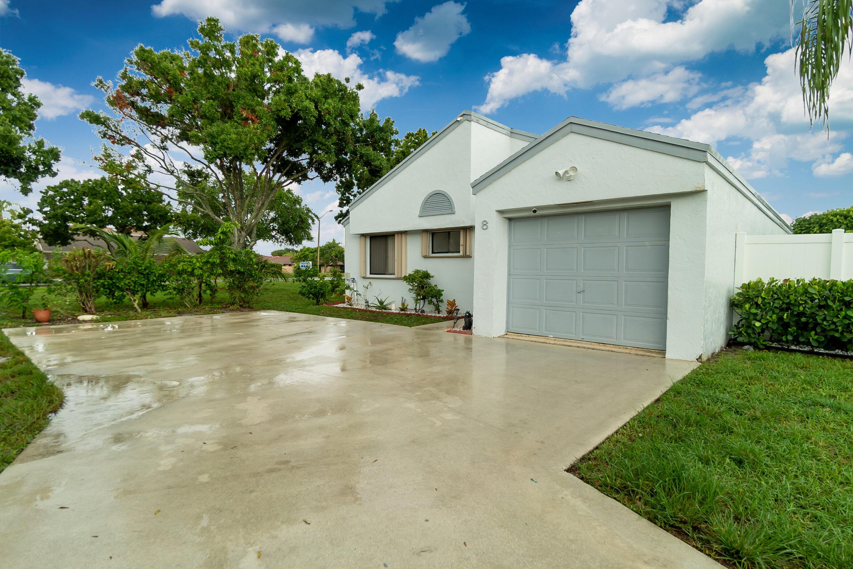 Details for 8 Compton Way, Boynton Beach, FL 33426