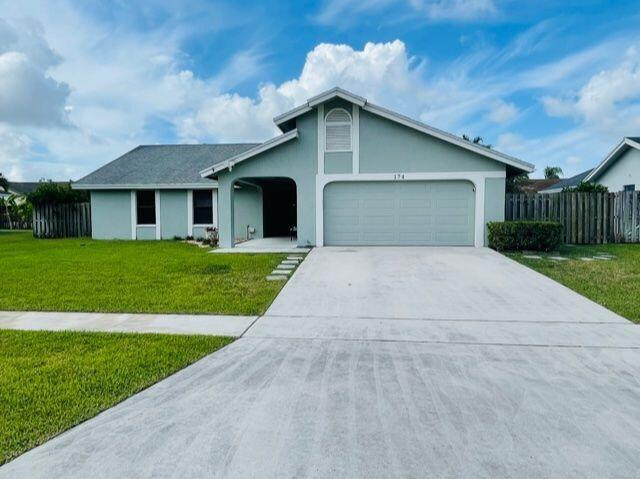 174 Roycourt Circle Royal Palm Beach, FL 33411