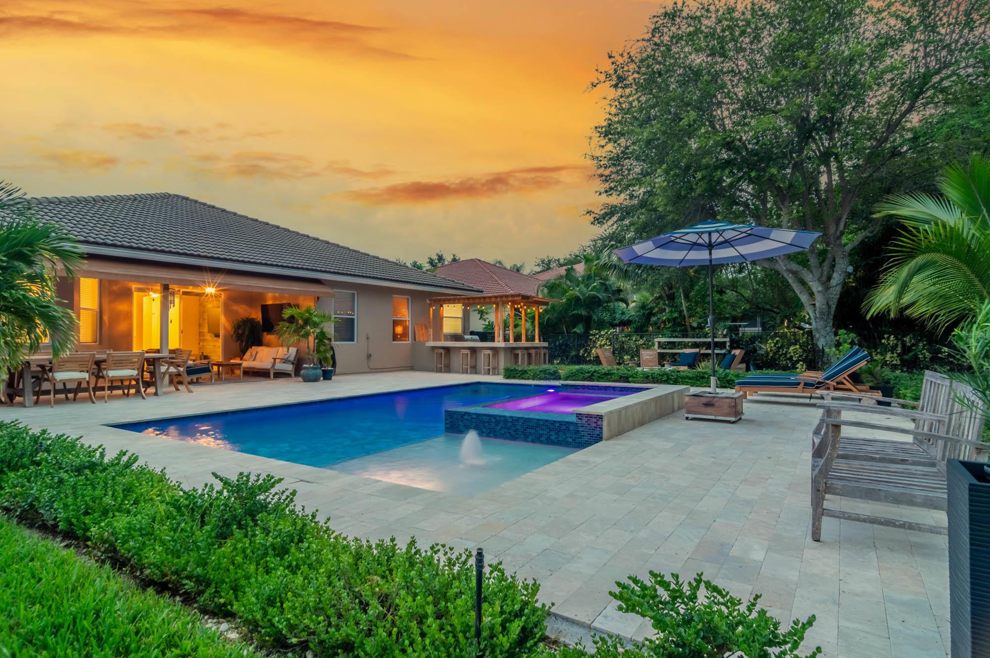 1365  Stonehaven Estates Drive  For Sale 10736225, FL