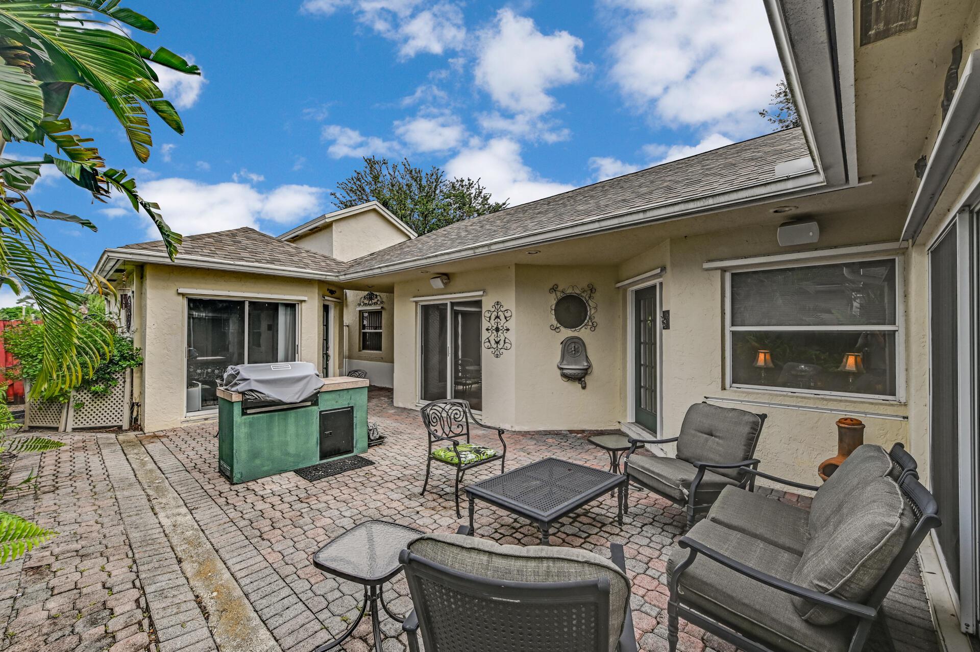 116 Stirrup Lane Royal Palm Beach, FL 33411 photo 8