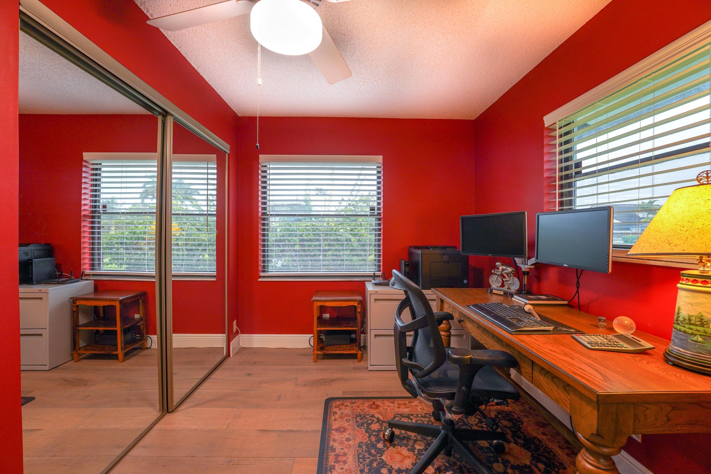 6814 Paul Mar Drive Lake Worth, FL 33462 photo 17