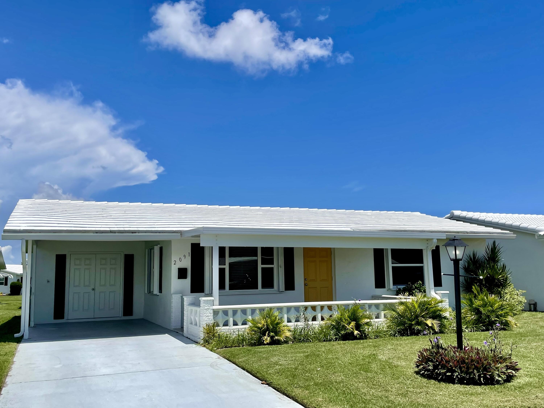 2091 SW 13th Avenue Boynton Beach, FL 33426
