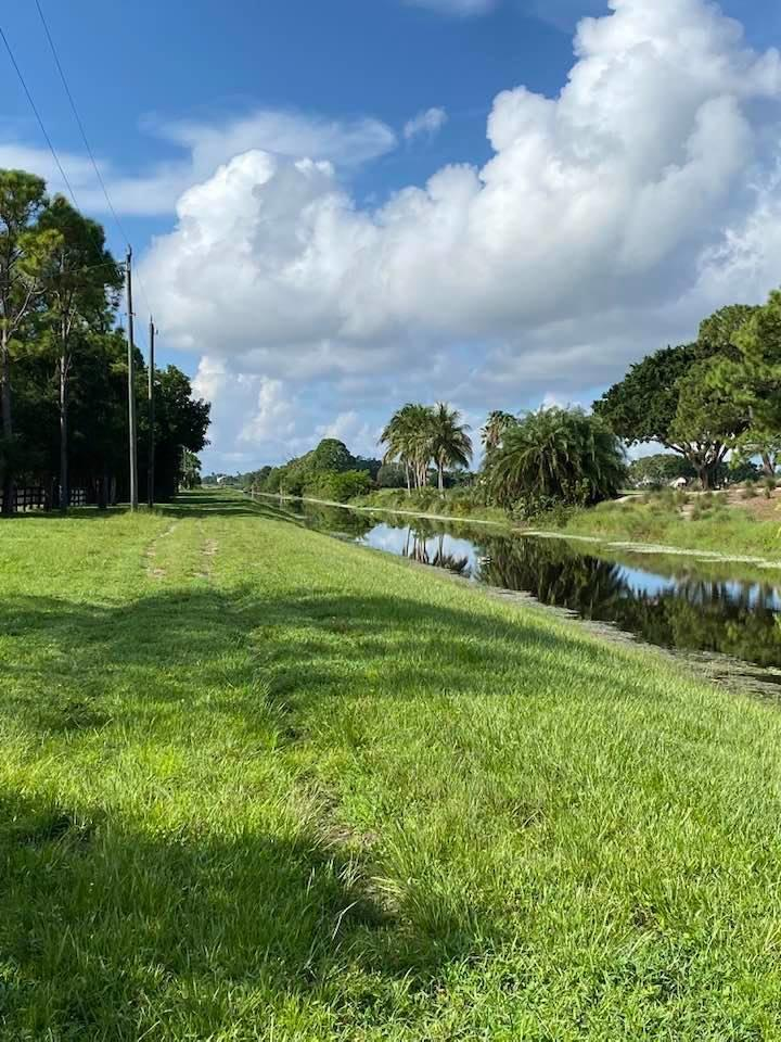 Wellington Bridle Path