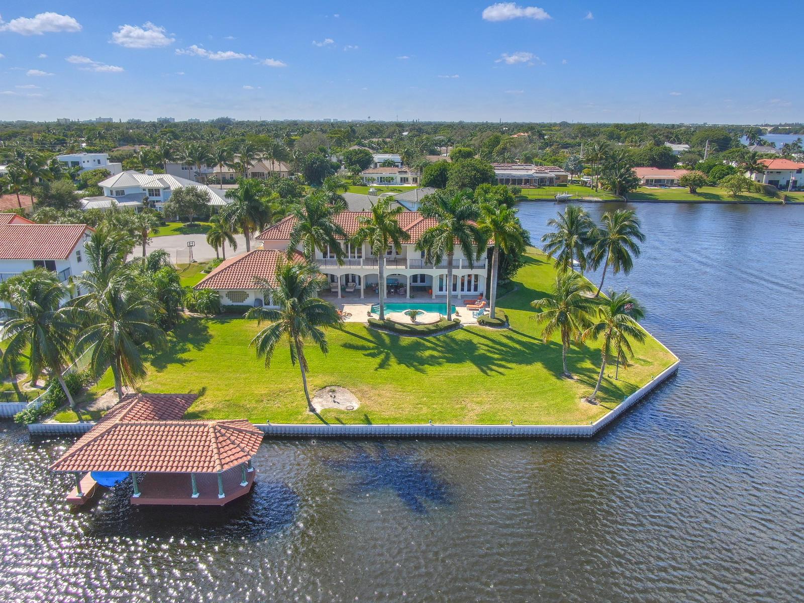 315  Lake Eden Way  For Sale 10737006, FL
