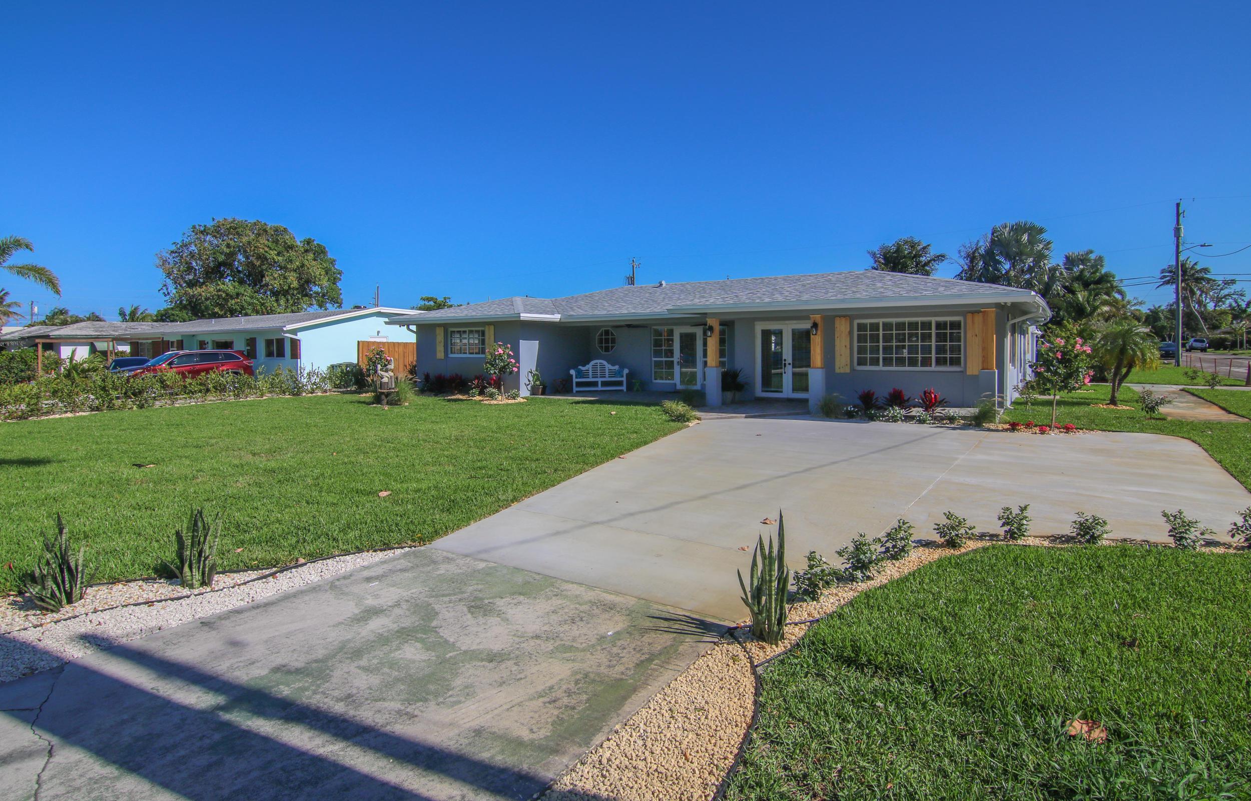 1814 Lake Osborne Drive Lake Worth, FL 33461