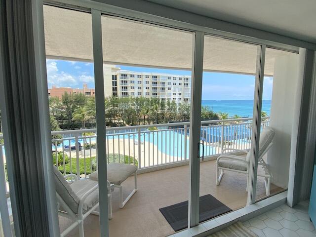 3546 S Ocean Boulevard 525  South Palm Beach FL 33480