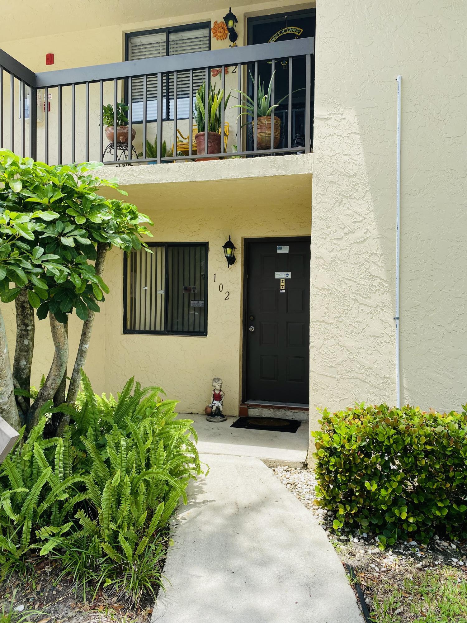 21955  Tidewater Terrace 102 For Sale 10736056, FL