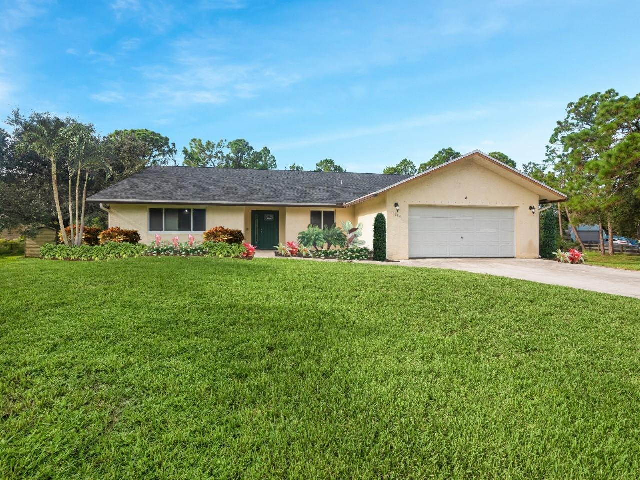 13884  47th Court  For Sale 10734077, FL