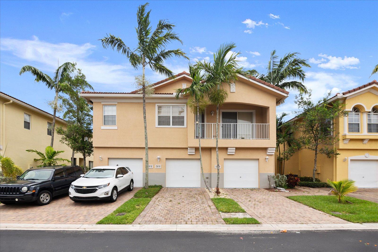 1814  Sonrisa Street  For Sale 10736591, FL