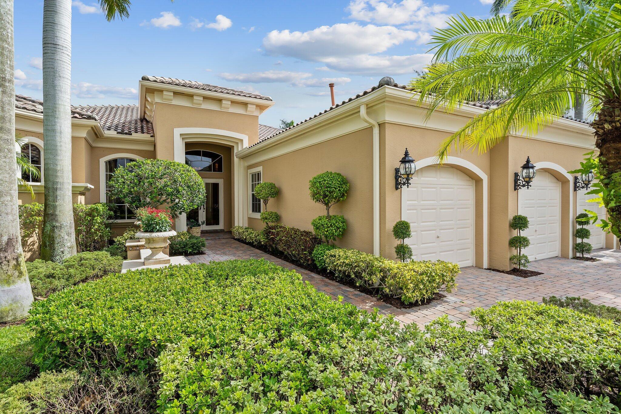 101 Vizcaya Estates Drive Palm Beach Gardens, FL 33418