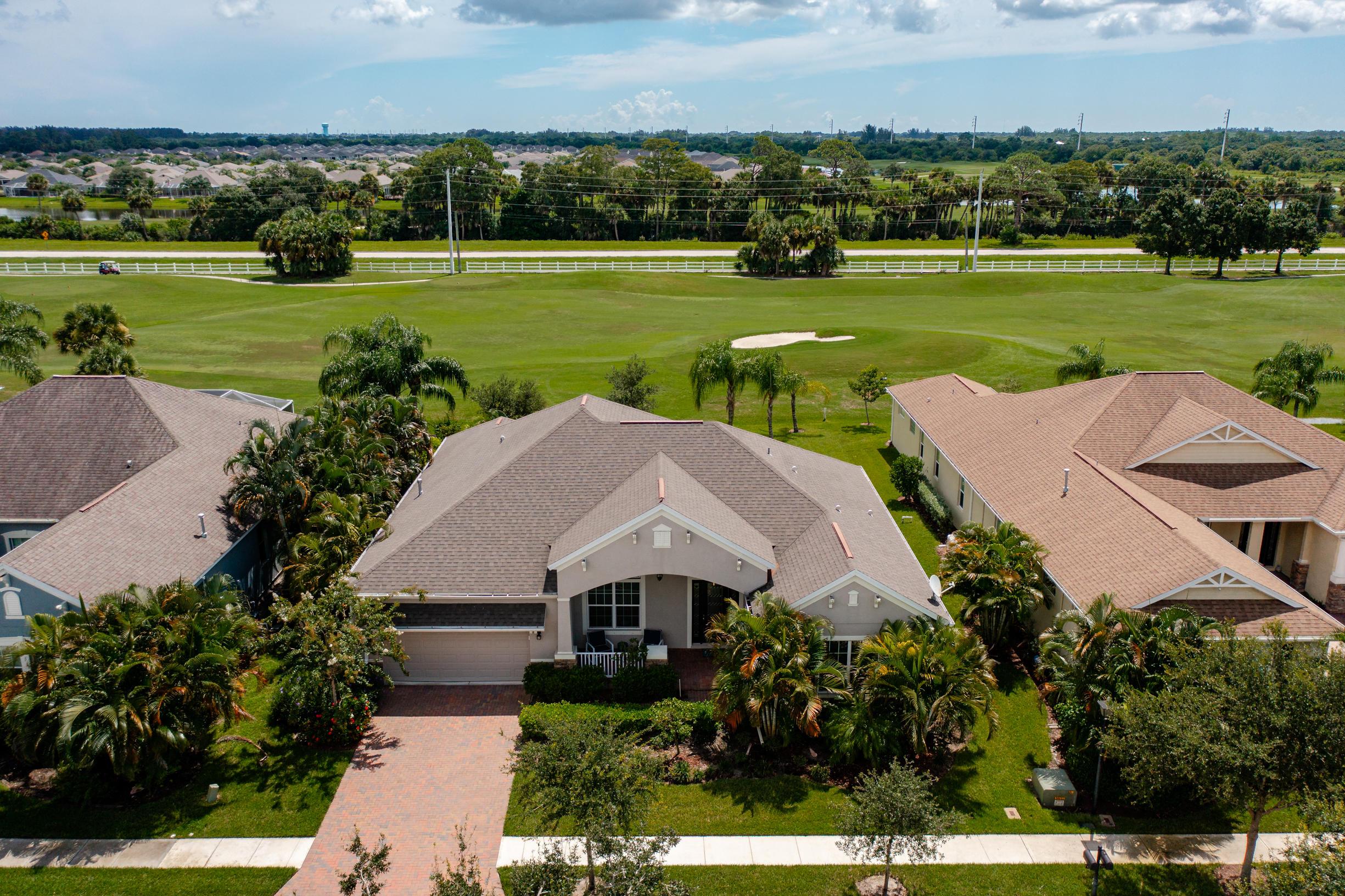 1310 S Village Square, Vero Beach, FL 32966