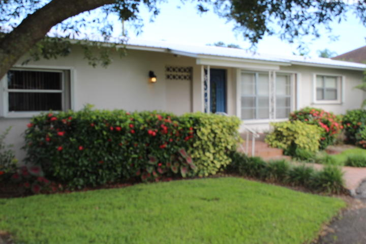 Home for sale in LYONS PARK Belle Glade Florida