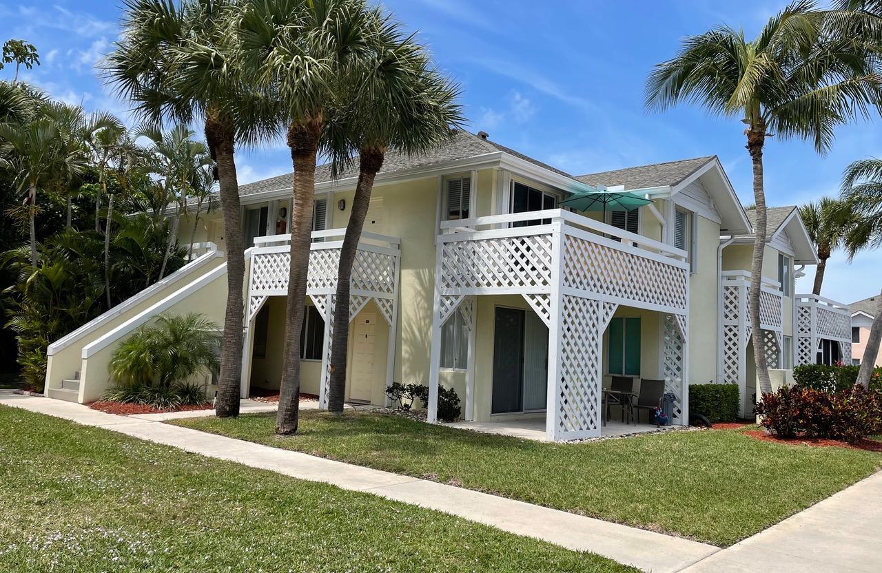 Home for sale in plantation villas condo filed 4-30-85 Jupiter Florida