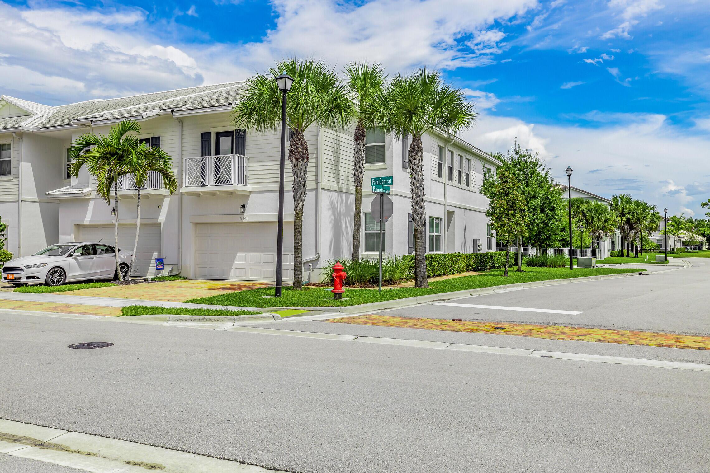 11901 Park Central Royal Palm Beach, FL 33411