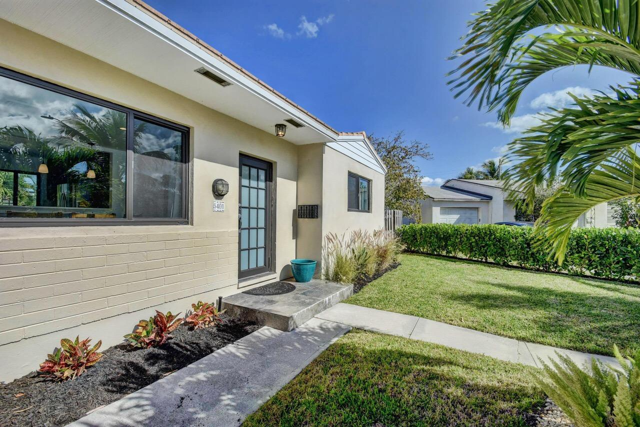 5401  Canyon Trail  For Sale 10737727, FL