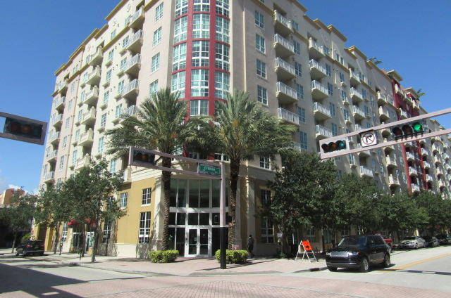 410  Evernia Street 414 For Sale 10737997, FL