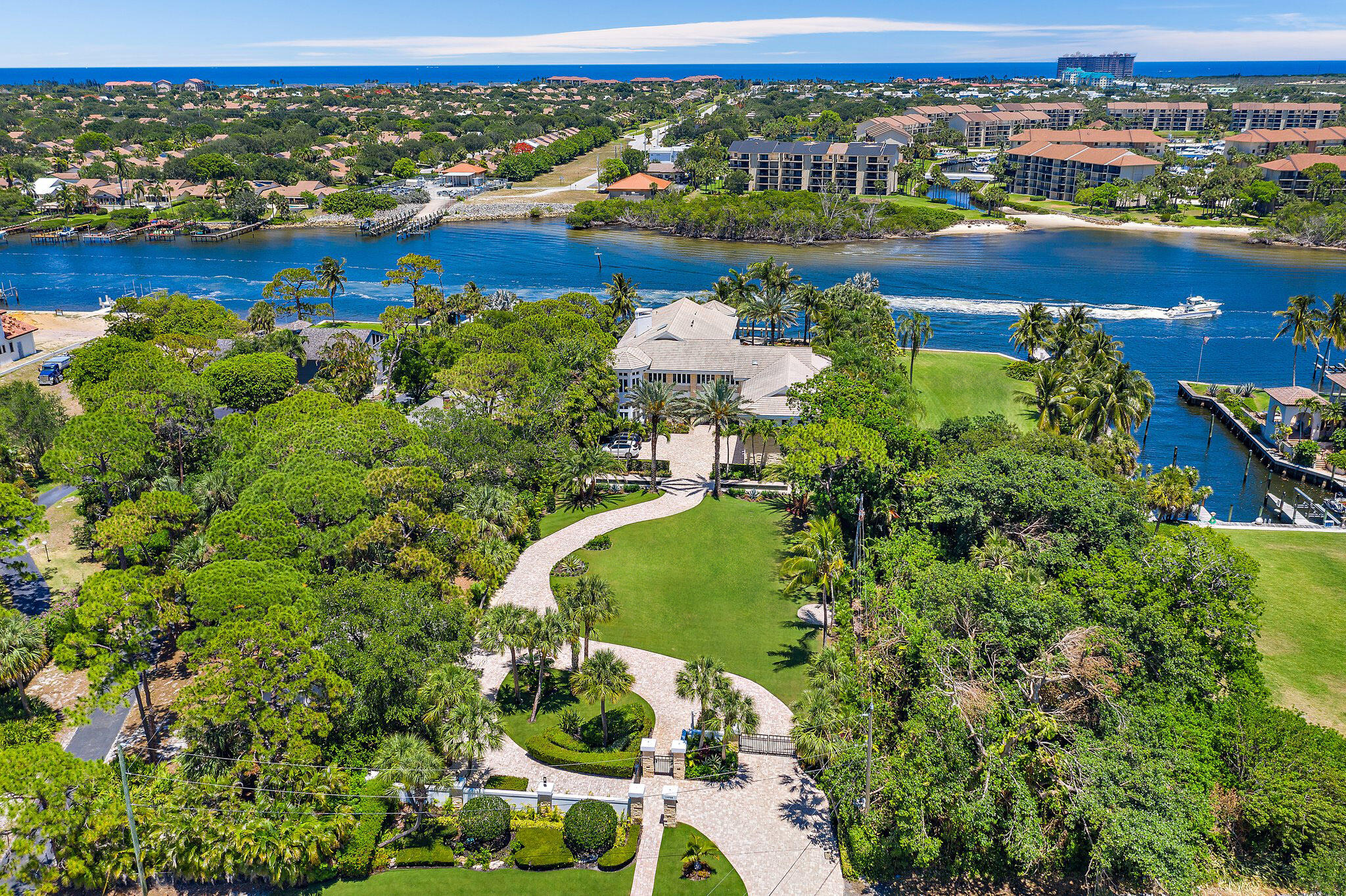 Photo of 14958 Palmwood Road, Palm Beach Gardens, FL 33410