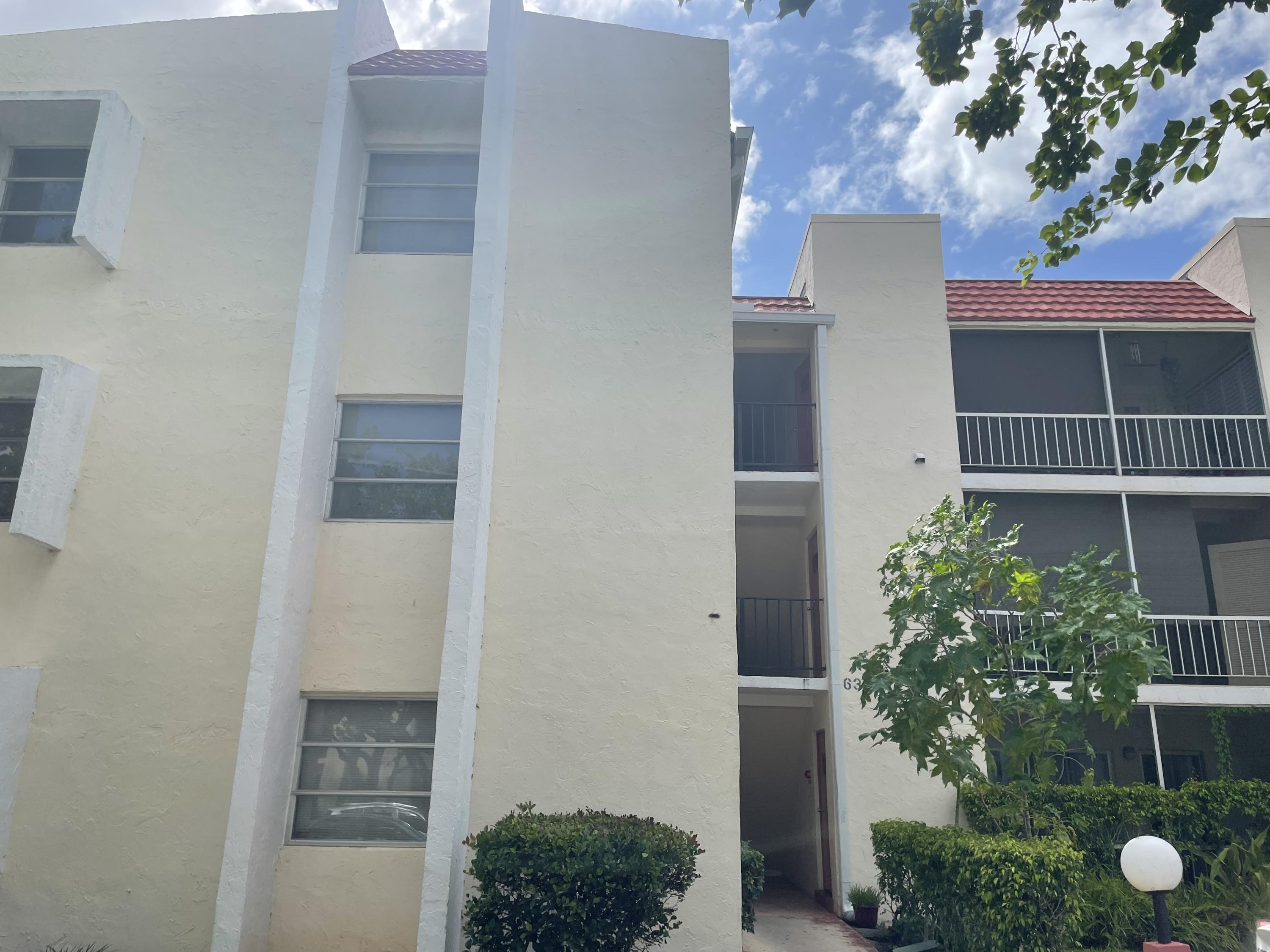 630 NW 13th Street 21 For Sale 10738083, FL