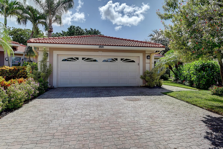 16129  Lomond Hills Trail  For Sale 10738121, FL