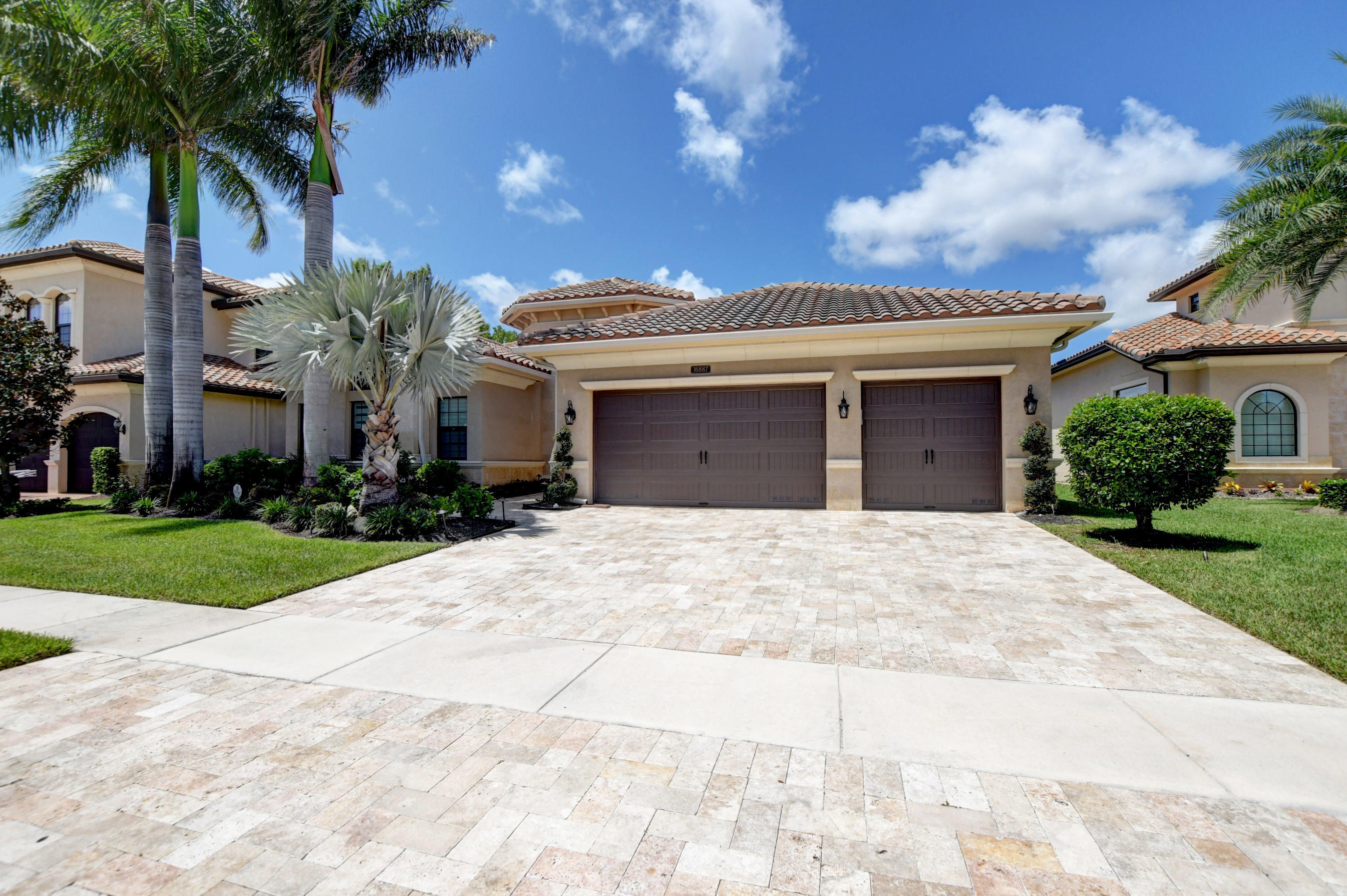 16887  Charles River Drive  For Sale 10738568, FL