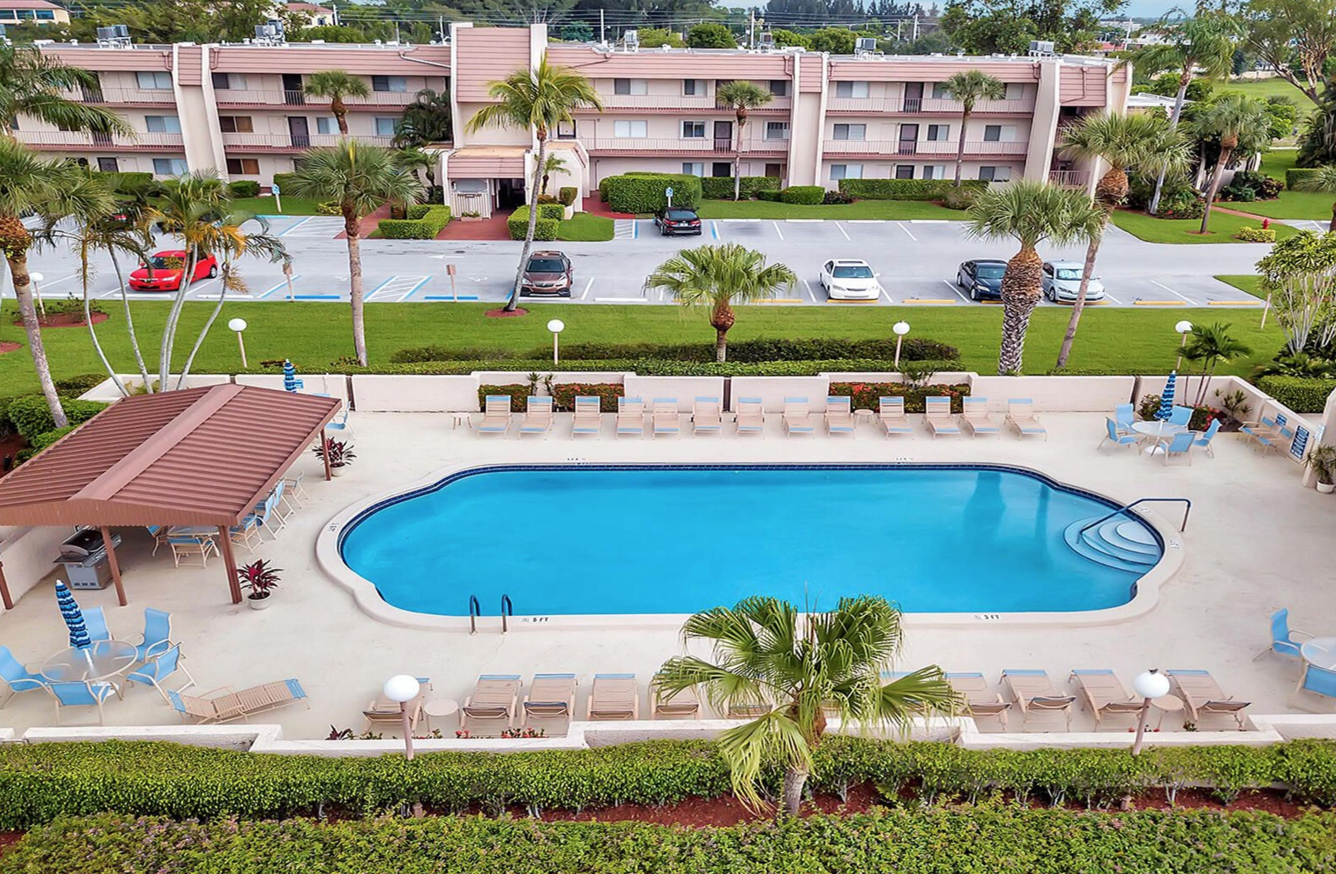 Home for sale in D'este Court - Fountains Of The Palm Beaches Lake Worth Florida