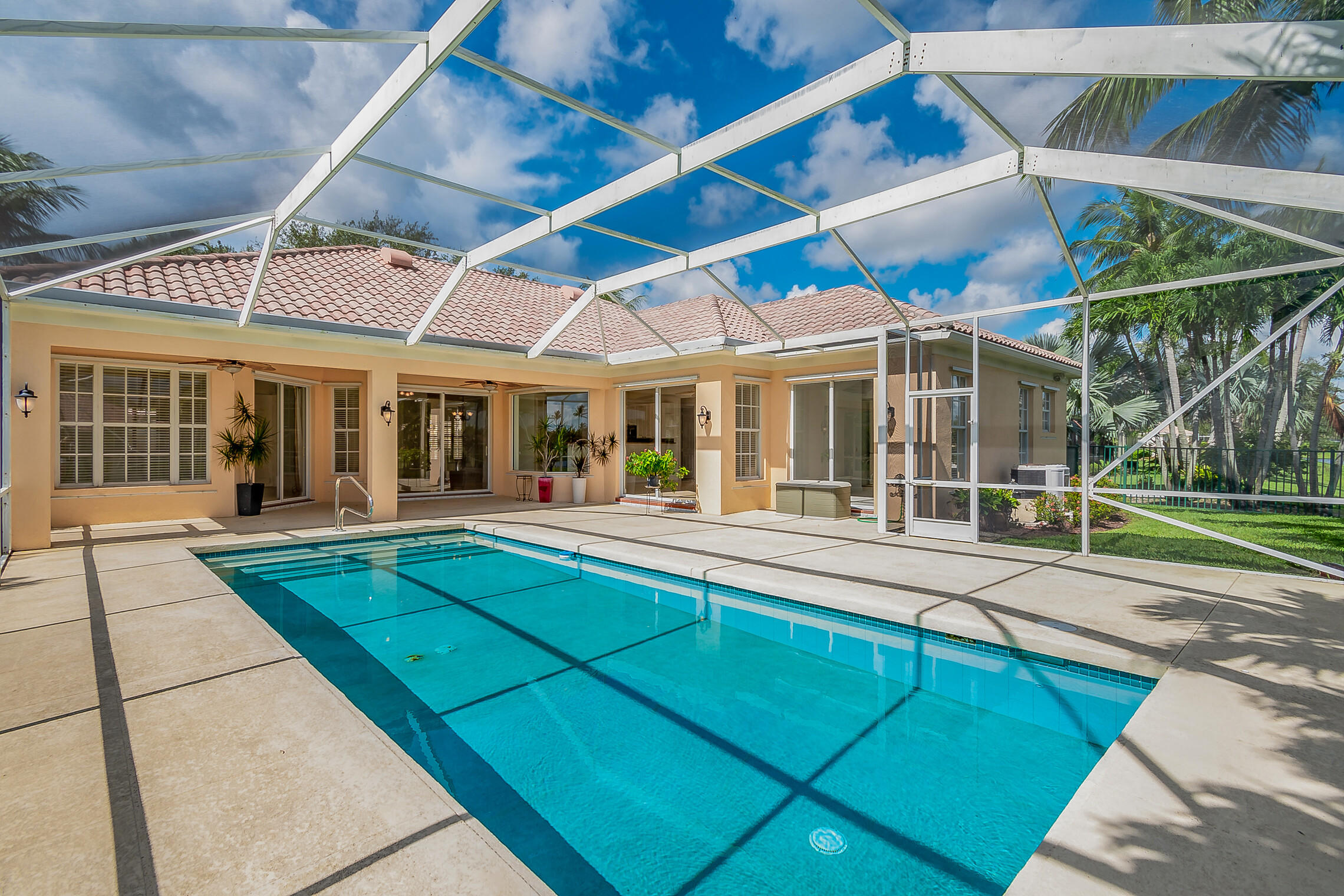 7573  Red River Road  For Sale 10738532, FL