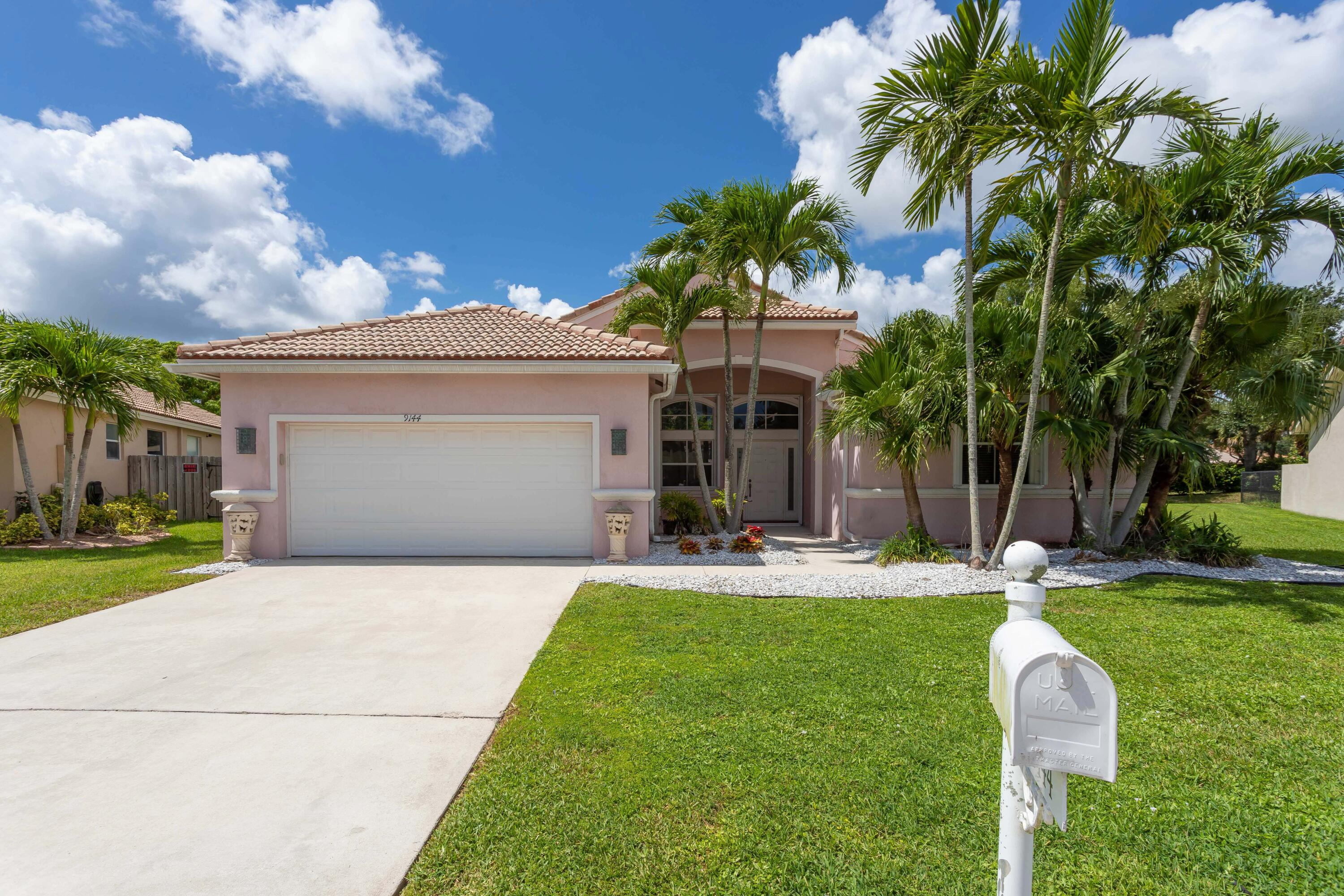 9144  Cove Point Circle  For Sale 10739316, FL