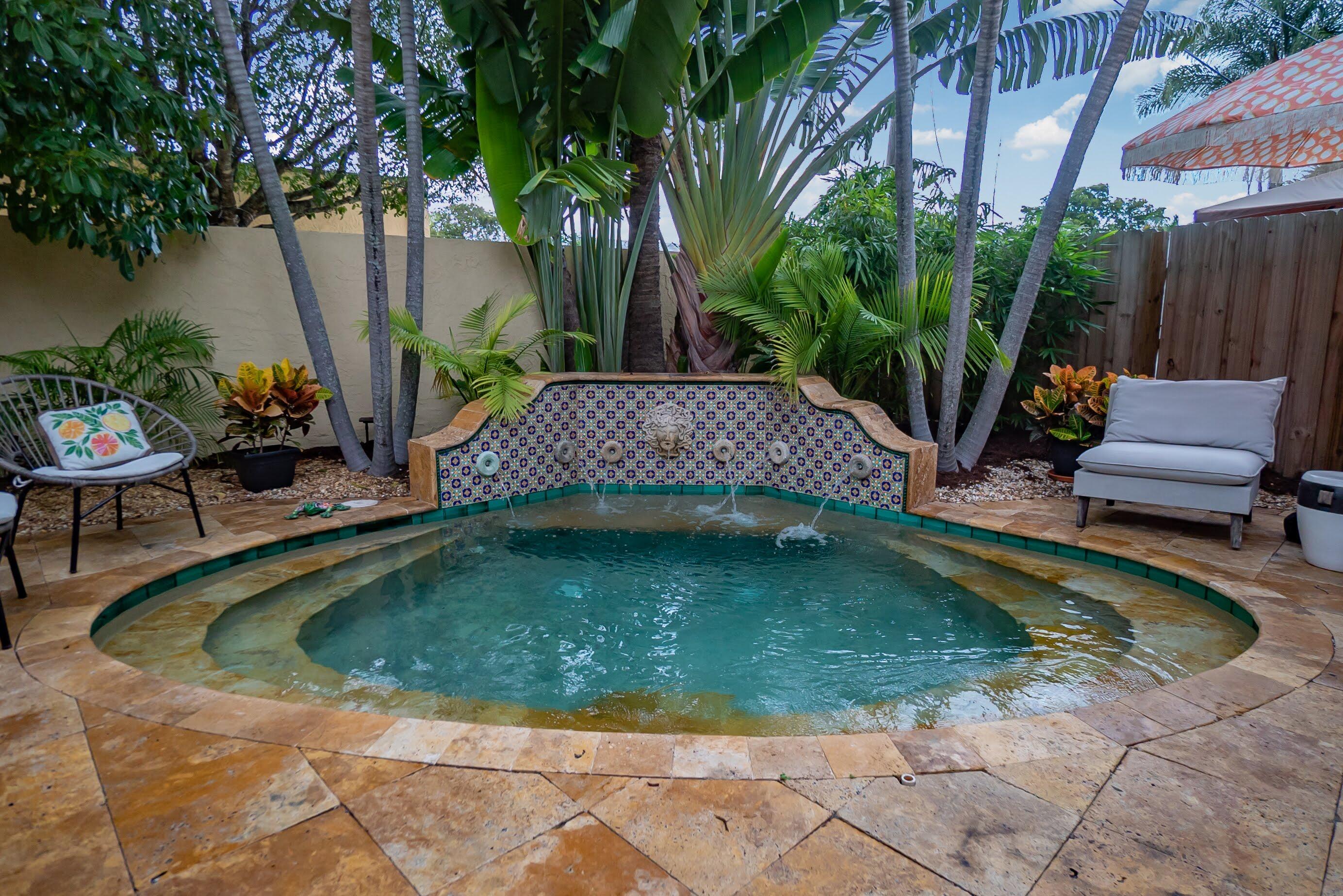 961  Paseo Palmera   For Sale 10738587, FL