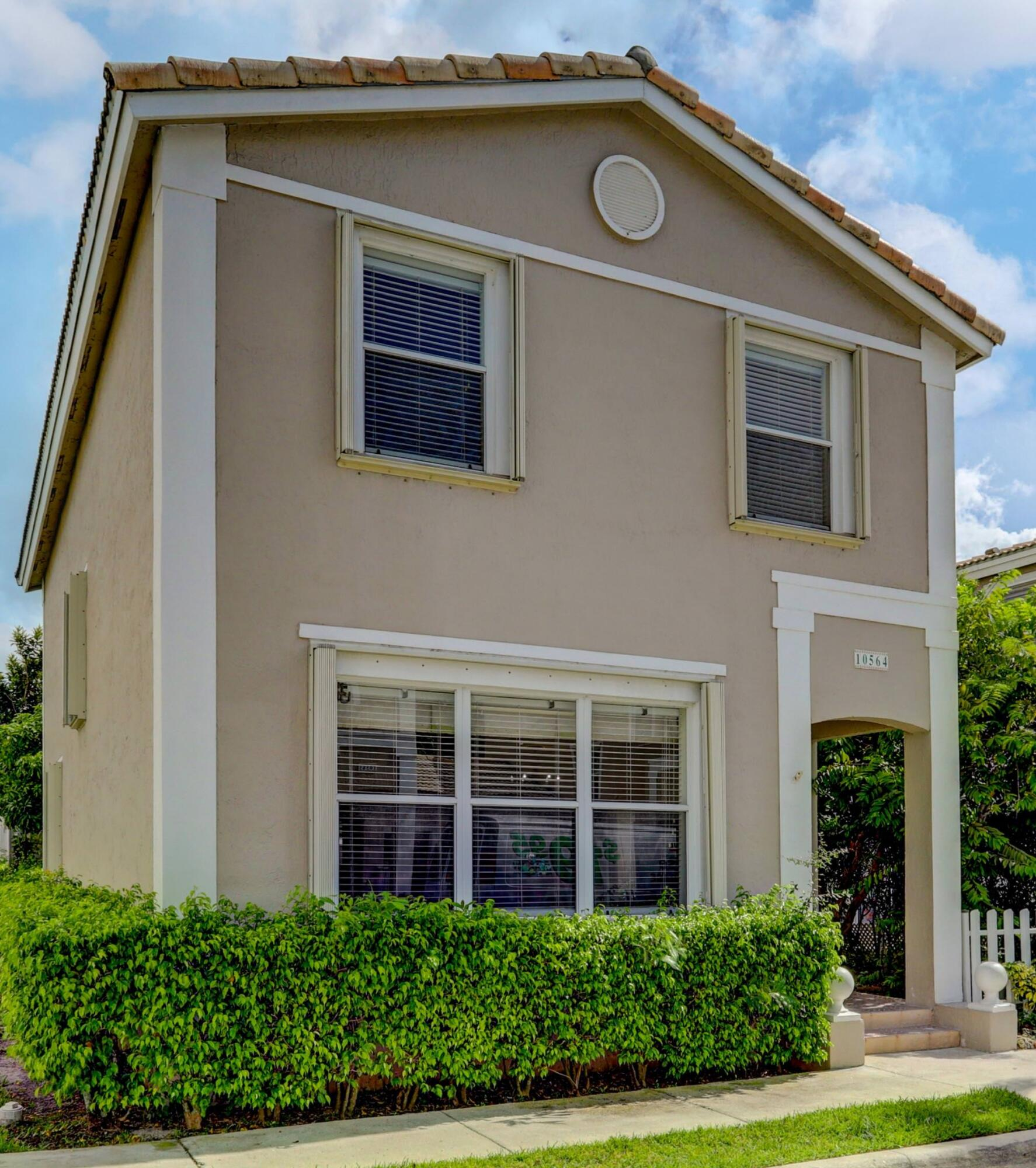 Home for sale in KENSINGTON MANOR Coral Springs Florida