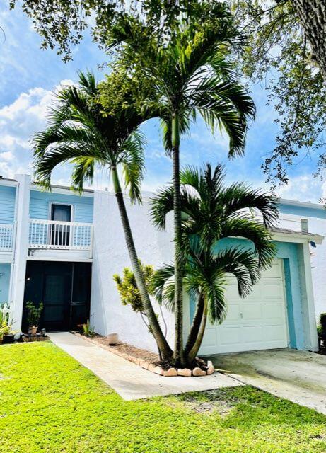 115 Fairway Lane Royal Palm Beach, FL 33411