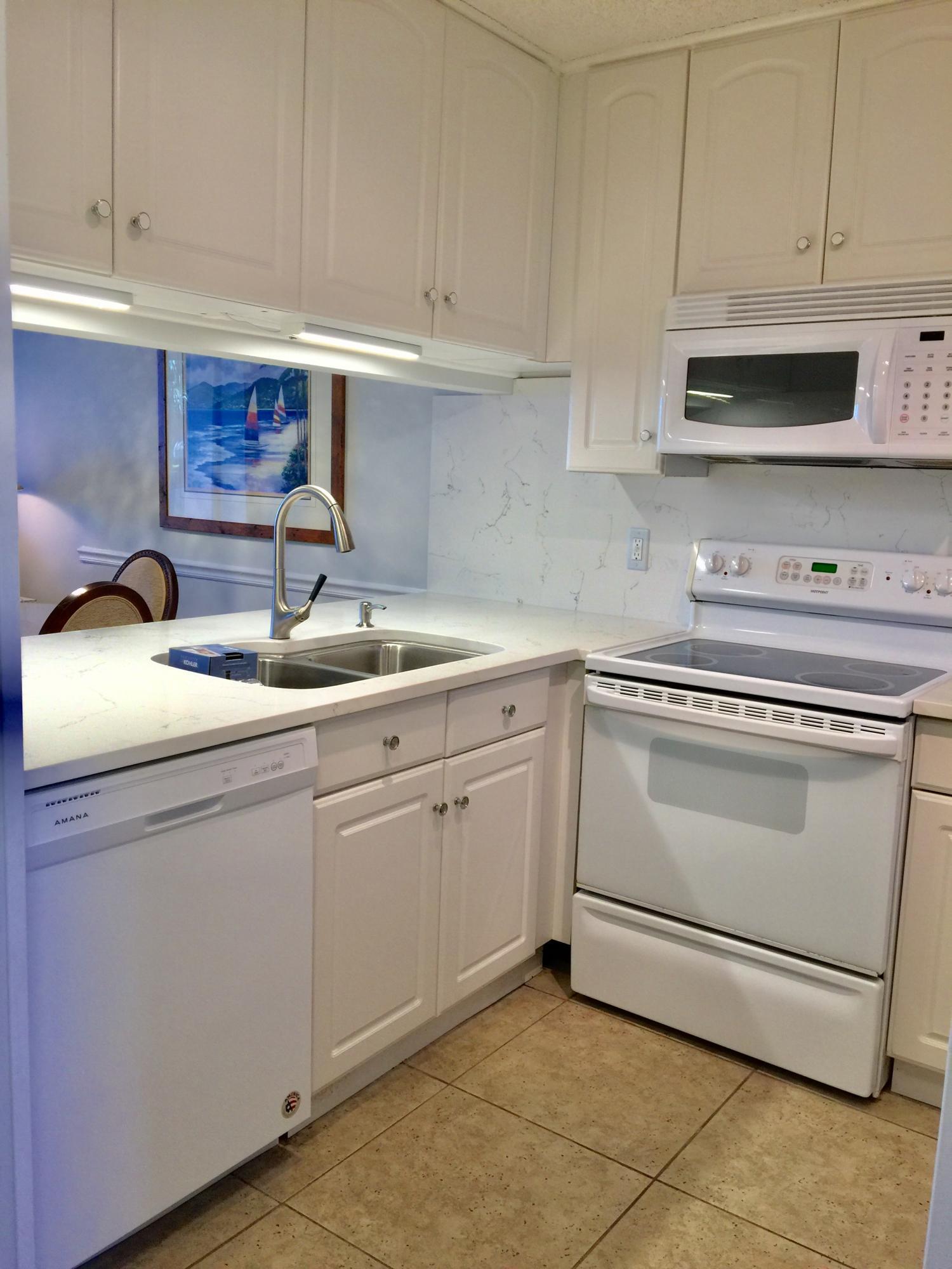 F109 kitchen