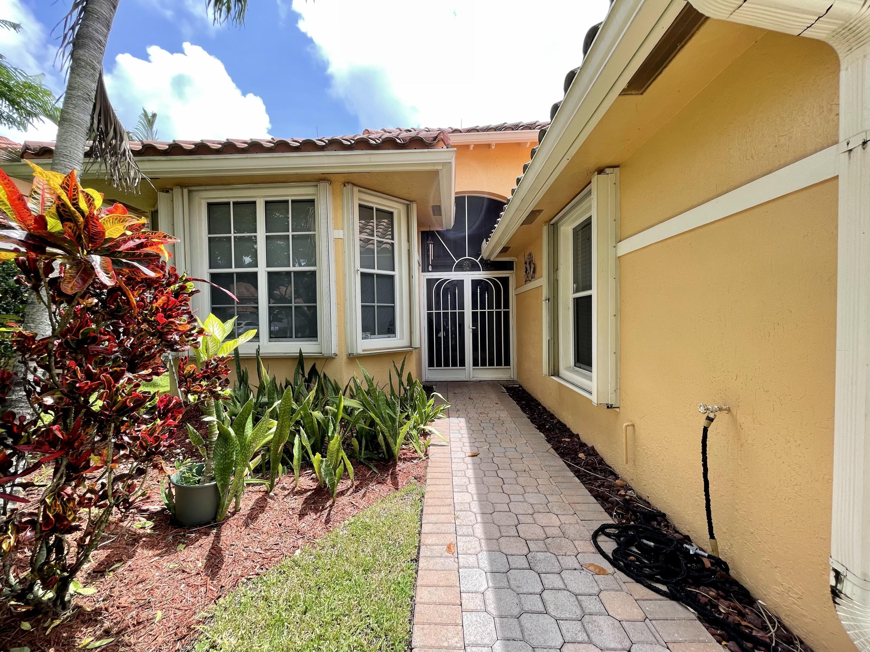 6617  Jog Palm Drive  For Sale 10738355, FL